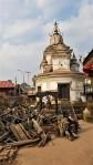 Tempel in Pashupatinath nach dem Erdbeeben